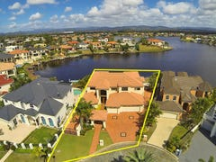 3 Clear Water Bay Avenue, Clear Island Waters, Qld 4226