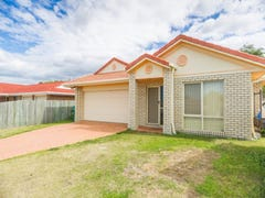 32 Columbia Dr, Beachmere, Qld 4510