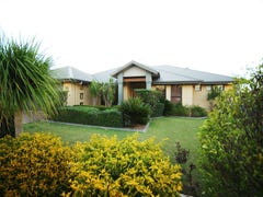 15 Caithness Court, Middle Ridge, Qld 4350