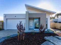 15 Cranberry Way, Torquay, Vic 3228