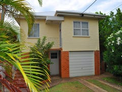 12 Fortune Street, Scarborough, Qld 4020