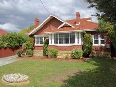 8 Augusta Road, New Town, Tas 7008