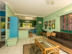 Unit 1/2 Carolyn Close, Yorkeys Knob, Qld 4878