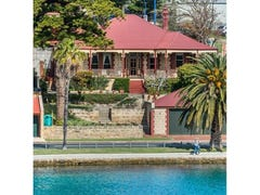 3 Riverside Road, East Fremantle, WA 6158