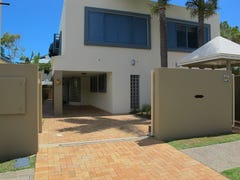 27A Mountbatten Avenue, Main Beach, Qld 4217