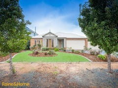 8 Frontignac Court, Sunbury, Vic 3429