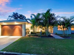 17 Bahloo Avenue, Palm Beach, Qld 4221