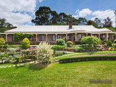 33 Douglas Road, Kurrajong Heights, NSW 2758