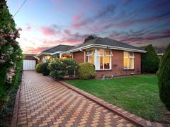 35 Kenjulie Drive, Bentleigh East, Vic 3165