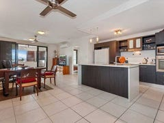 22/182 Spence Street, Cairns, Qld 4870