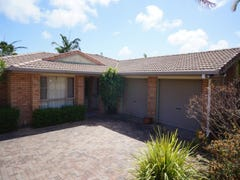 16 Dumfries Court, Beaconsfield, Qld 4740