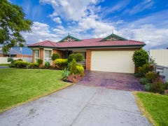 24 Mckeown Crescent, Roxburgh Park, Vic 3064