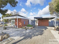 104 Flinders Avenue, Lara, Vic 3212