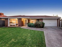 9 Commodore Court, Taylors Lakes, Vic 3038