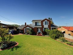 8 Raleigh Road, Sorrento, WA 6020