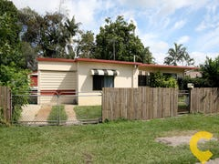 11 Gillian Street, Beachmere, Qld 4510