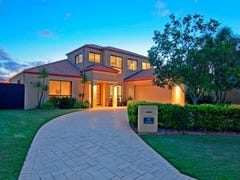 15 Waterside Esplanade, Monterey Keys, Qld 4212