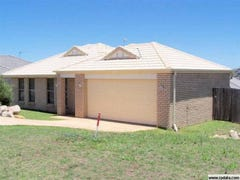 17 Wareena Crescent, Glenvale, Qld 4350