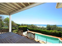 12 Tropicana Rise, Castaways Beach, Qld 4567