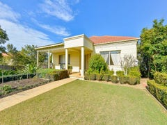 14 Elizabeth Henrietta Circuit, Macquarie Links, NSW 2565