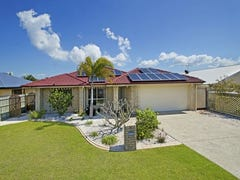 8 Clovelly Place, Sandstone Point, Qld 4511