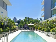 33 TE PETERS DRIVE, Broadbeach, Qld 4218