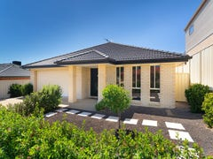 8 St Levans Place, Lavington, NSW 2641