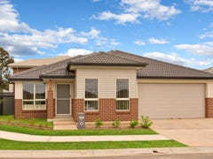 44  Gilroy Street, Ropes Crossing, NSW 2760