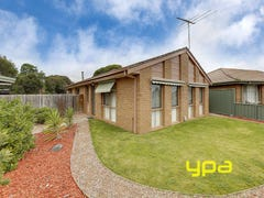 45 Black Dog Drive, Brookfield, Vic 3338
