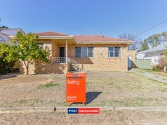 11 Paul Street, Tamworth, NSW 2340