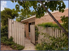 4/71 Mina Wylie Crescent, Gordon, ACT 2906