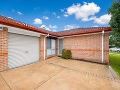 3 Ron Scott Circuit, Greenacre, NSW 2190