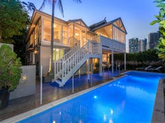 18 Lenneberg St, Southport, Qld 4215