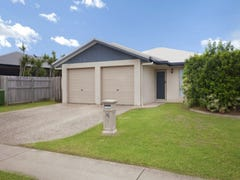 7 Sunseeker Court, Blacks Beach, Qld 4740