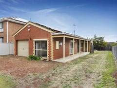 33 Dillwynia Place, Meadow Heights, Vic 3048