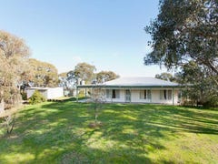 68 Commissioners Gully Road, Chewton, Vic 3451