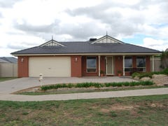 5 Amy Court, Mansfield, Vic 3722