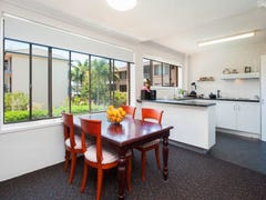 Unit 7/548 Marine Parade, Biggera Waters, Qld 4216
