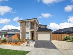 8 Playfields Place, Epping, Vic 3076