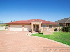 39 Somerset Drive, Thornton, NSW 2322