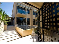 41B,  Peak Avenue, Main Beach, Qld 4217