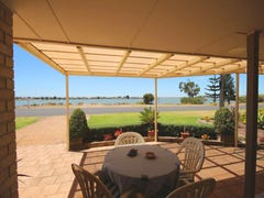 47 Captain Sturt Parade, Hindmarsh Island, SA 5214