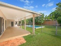 4 Parkinson Avenue, Kewarra Beach, Qld 4879