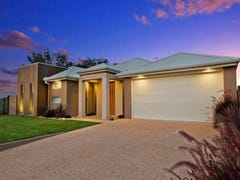 76 Wood Drive, Middle Ridge, Qld 4350