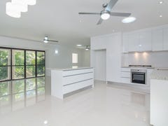 3 Thetford Close, Clifton Beach, Qld 4879