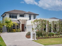 2828 Gracemere Circuit East, Hope Island, Qld 4212