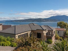 677 Oceana Drive, Tranmere, Tas 7018