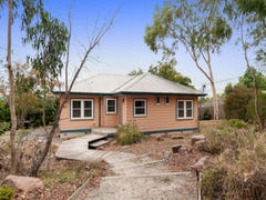 16 High Street, Seville East, Vic 3139
