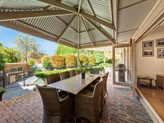 16 Explorers Court, Vermont South, Vic 3133