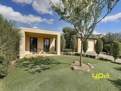 25 Hillcrest Court, Melton West, Vic 3337